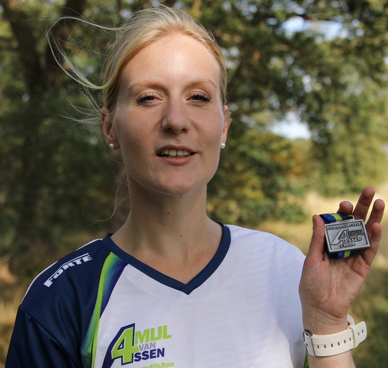 Anna Hendrikse loopt 4Mijl van Assen